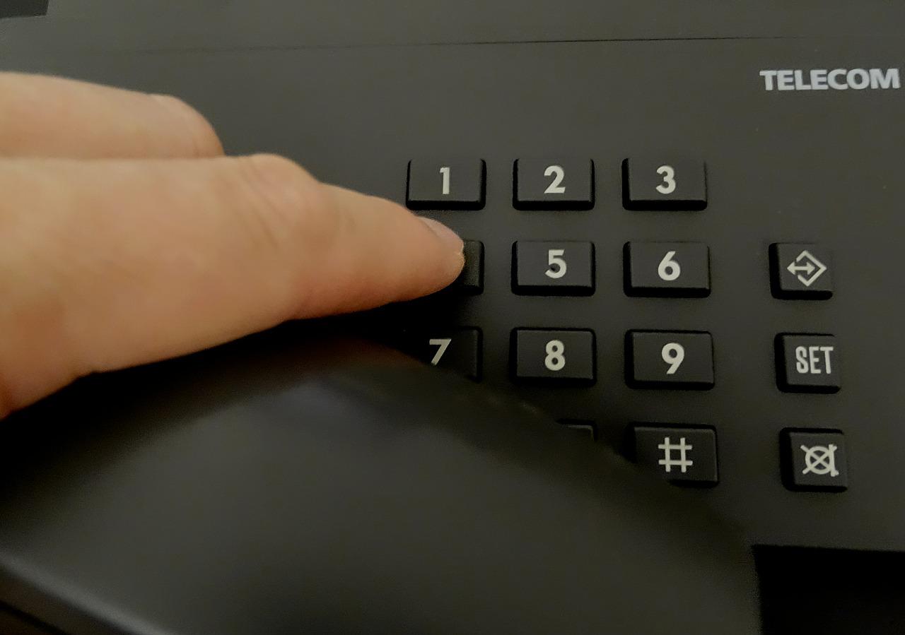 Контроль качества работы операторов контакт-центра: возможные подходы