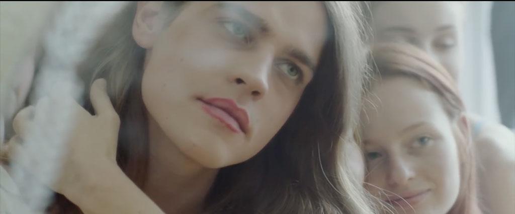 Андрей Завалей: ЛГБТ Беларуси, музыкальный клип о трансгендере и карточный домик